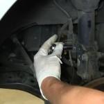 Снятие и замена передней стойки амортизатора и пружины на Hyundai Elantra 2001-2006